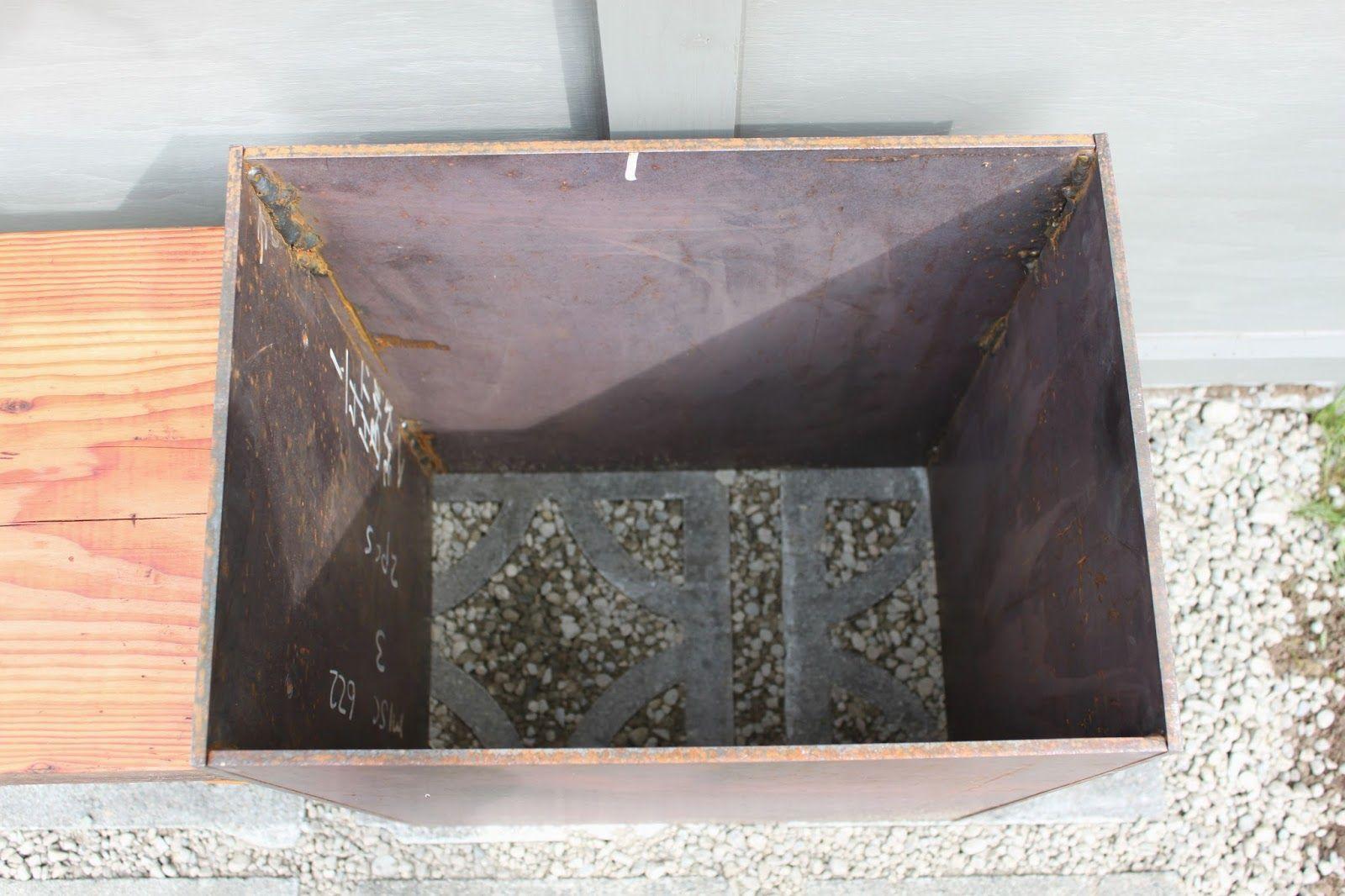 Dirt Digging Sisters Diy Corten Steel Planter Bench 640 x 480