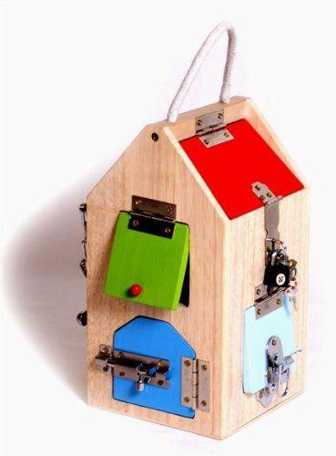 plongbo maison en bois avec cl s et serrures. Black Bedroom Furniture Sets. Home Design Ideas