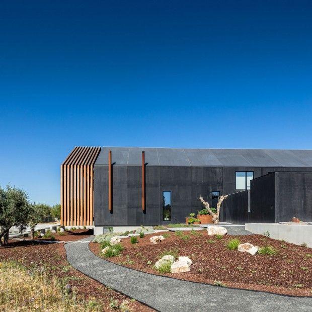 Maison familiale au Portugal par lu0027architecte Filipe Saraiva