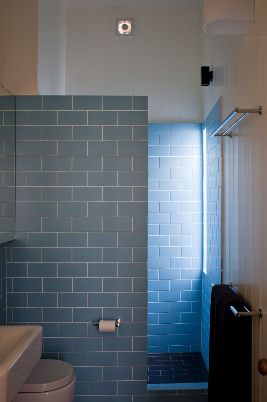 GLE - Ensuite Shower nib wall no curtain/screen tiles || coloured ...