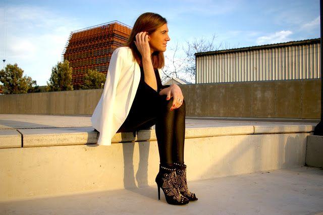 M Bits and Pieces: LOOK: ¿Qué llevar en la #080BCN? #zara shoes #mango blazer #barcelona