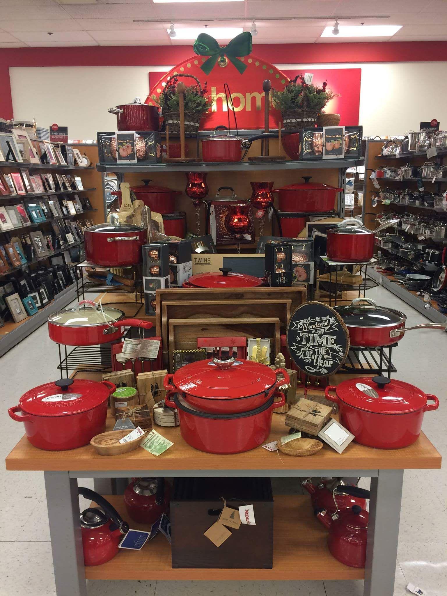 Red Cookwear Store Shelves Design Store Displays Merchandising Displays
