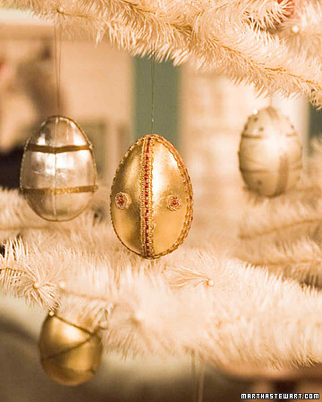 24 Of Our Most Memorable Diy Christmas Ornaments Diy Christmas