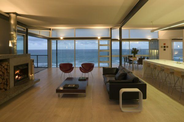 Auckland Based Pete Bossley Architects Designed The Okitu House - Modern-okitu-house-by-pete-bossley