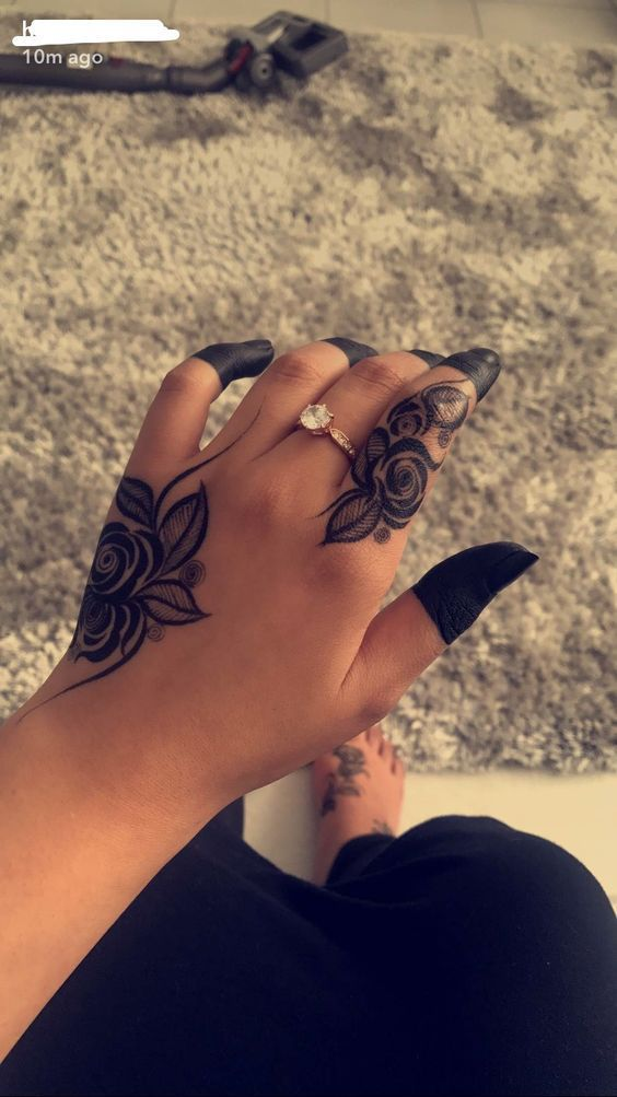 Finger Attractive Finger Hand Tattoos For Girls