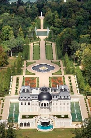 The 301 million dollar chateau louis xiv estate in paris france blueiskewl