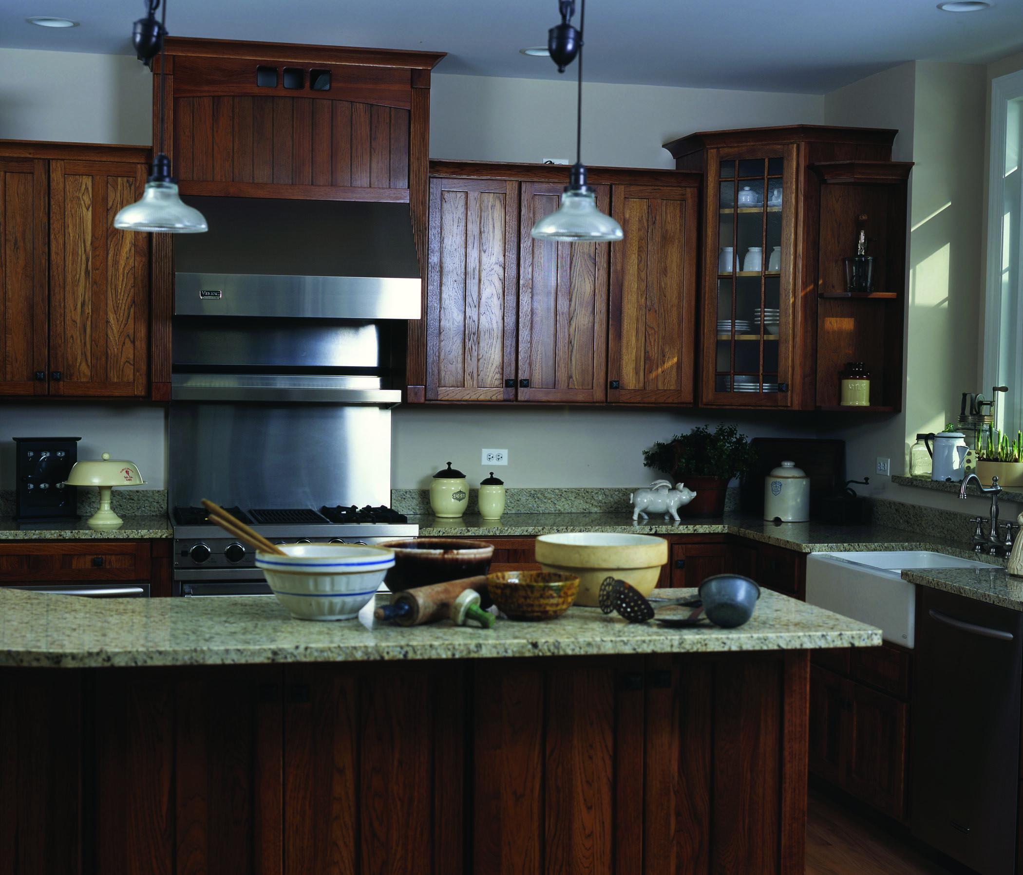 Door Style Mission V Wood Species Maple Finish Spice With Mocha Glaze C Haas Cabinet Cherry Cabinets Kitchen Kitchen Design Kitchen