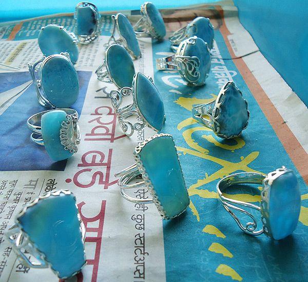 http://www.ravishingimpressions.com/by_gemstone/larimar-Silver-Jewelry
