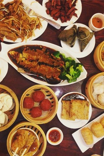 8 Great Chinese Restaurants For A Sit Down Feast Best Chinese Food Nyc Food Chinese Restaurant