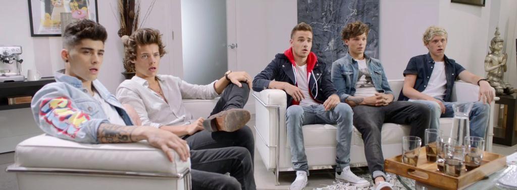 ONE DIRECTION⬆ •Harry Styles •Louis Tomlinson •Zayn Malik •Liam Payne •Niall Horan