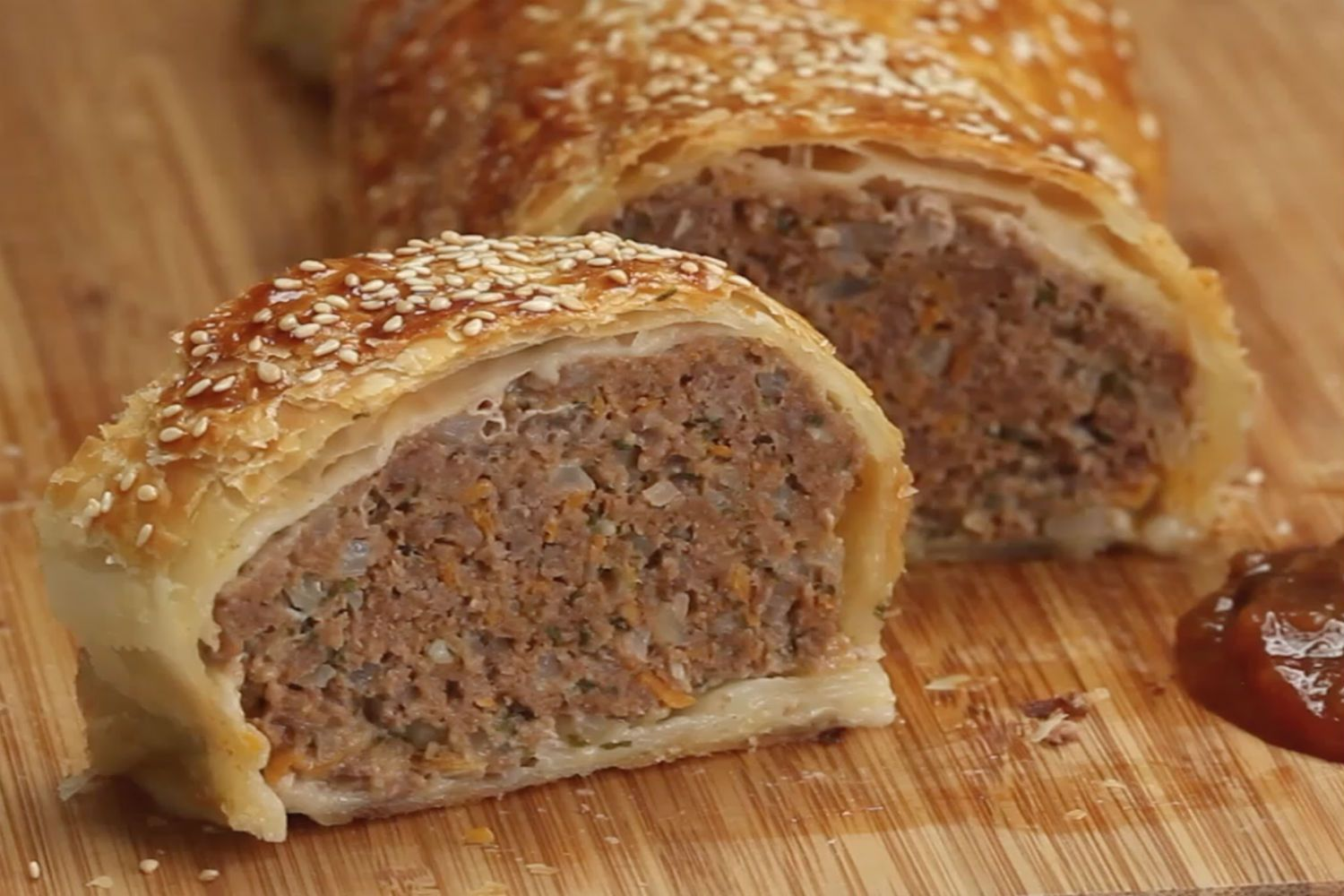 The Mega Sausage Roll | Recipe | Sausage rolls, Sausage ...