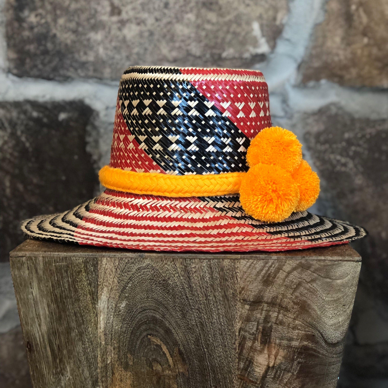 2ab0b105 M multicolor pom pom Hat S MULTICOLORS POM POM Hat #pom #wayuuhat  #summerhat #sunhat #strawhat #iraka #fashion #capelli #sun #beach #biki… | wayuu  hats ...