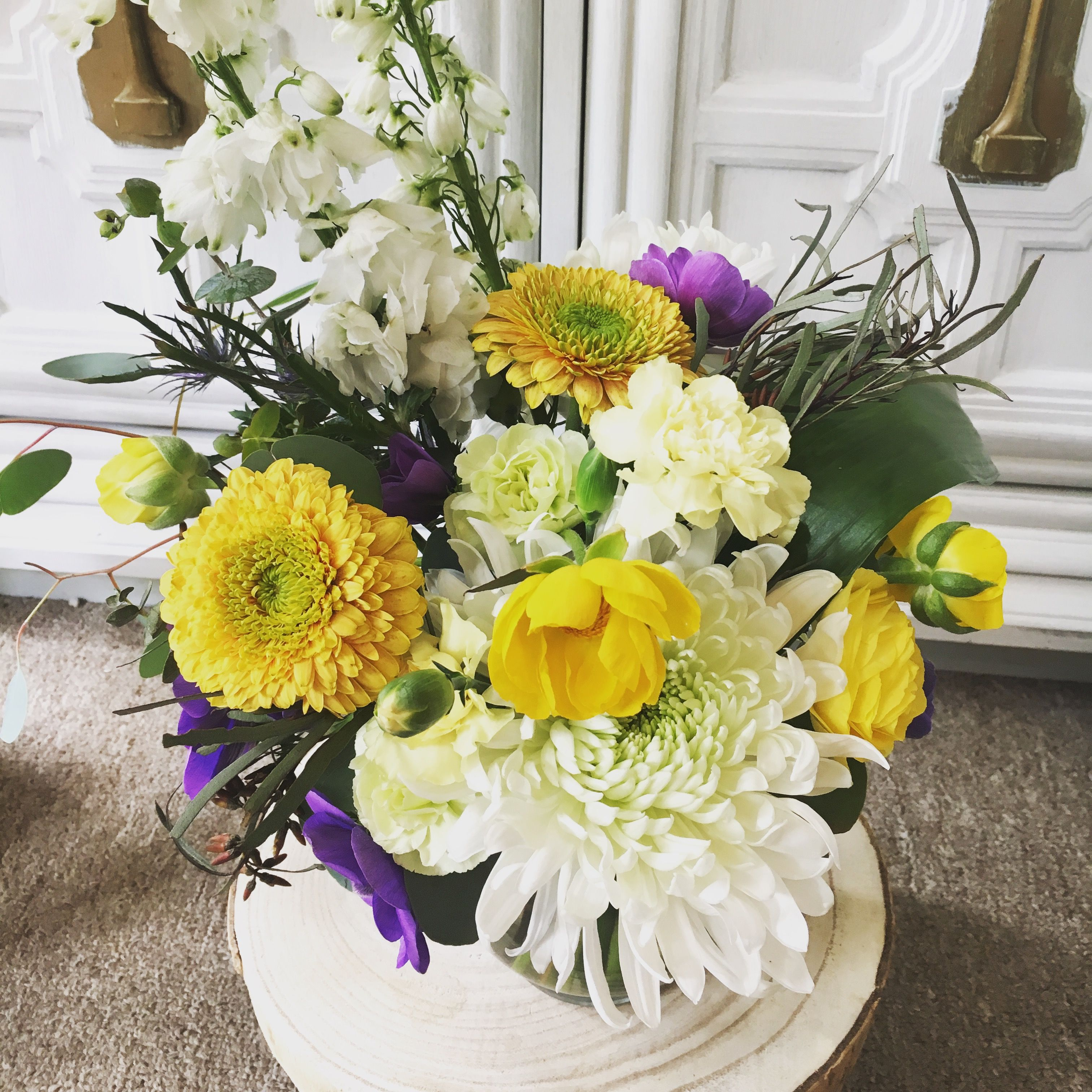 Another angle of the spring bouquet floral arrangements