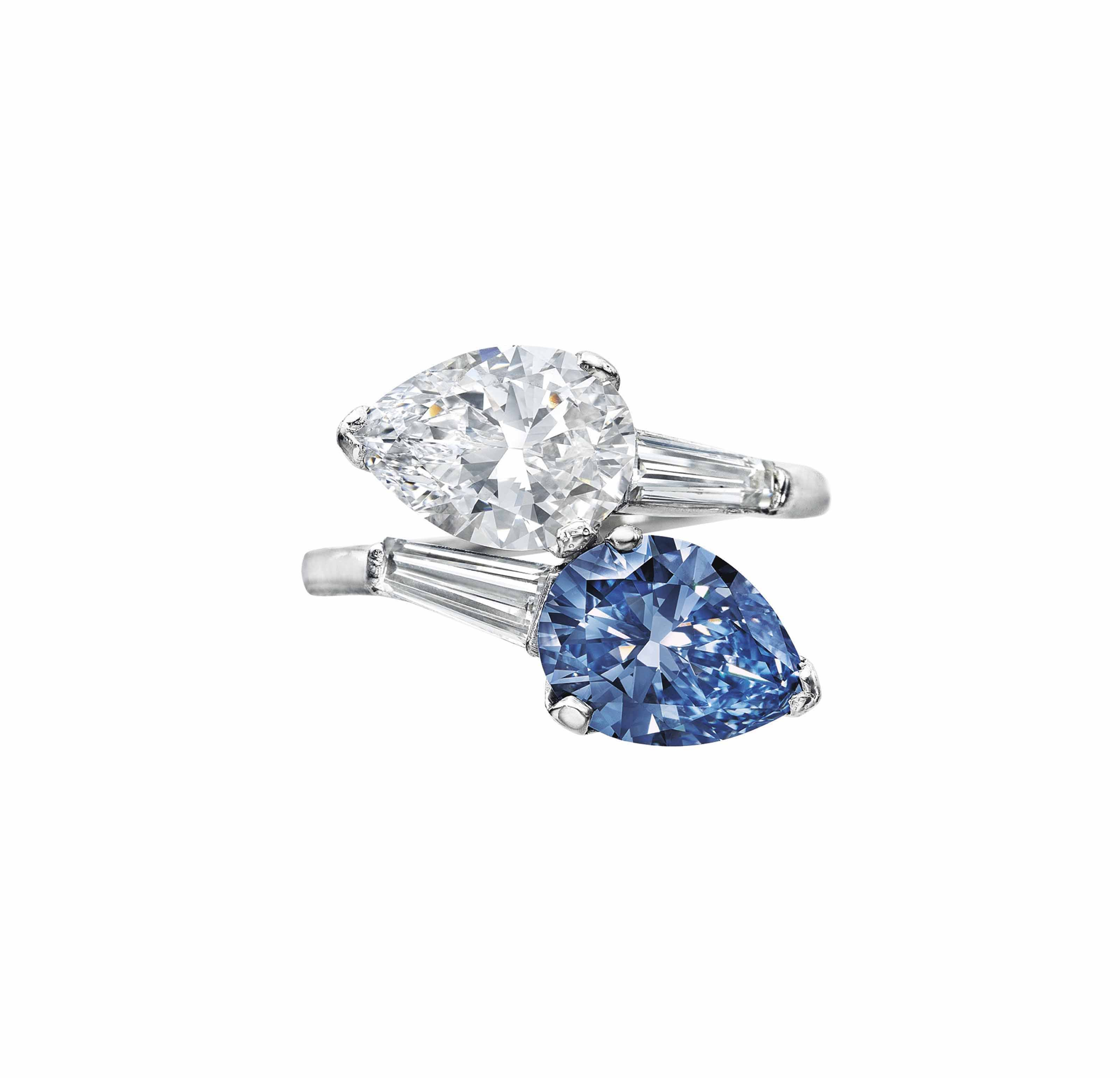 A Superb Twin Stone Colored Diamond And Diamond Ring Ring Colored Diamond Christie S In 2020 Gemstones Jewelry Rings Diamond Rings With Price Colored Diamonds