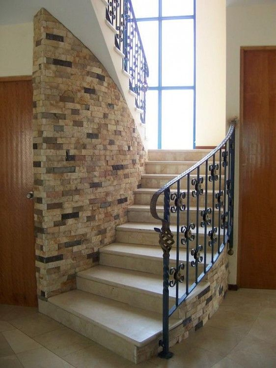 Escaleras rusticas living pinterest escaleras for Escaleras interiores casas rusticas