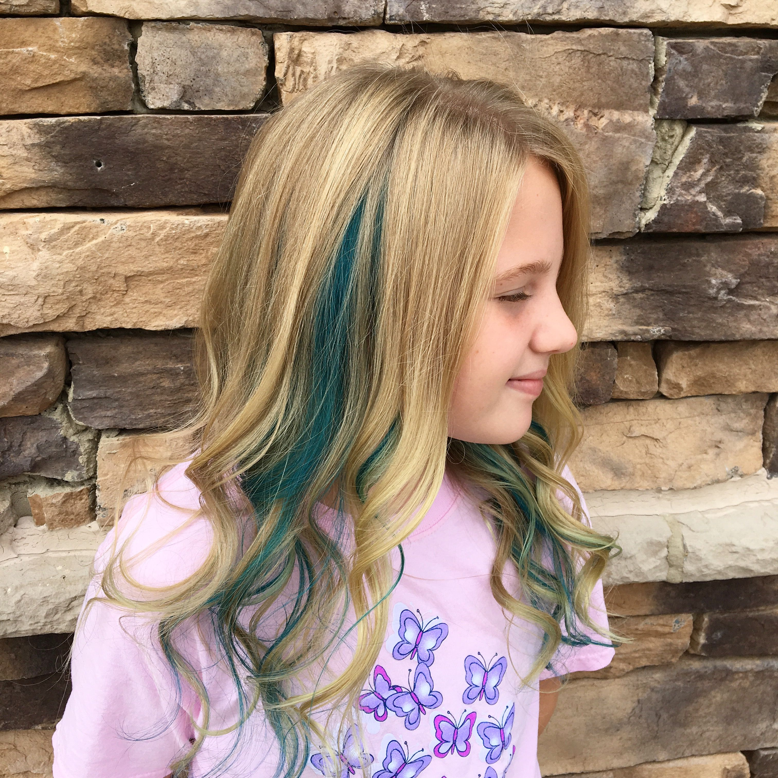 Little Girl With A Blue Streak In Her Hair Girl Hair Colors Hair Color Streaks Kids Hair Color