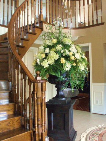 39 plantation home foyer floral arrangements 39 weddings by for Foyer flower arrangement