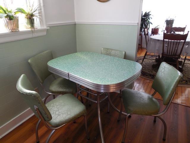 1950s bar seating, retro diner tables, pub tables, retro dining ...