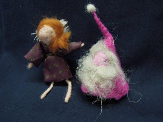 gefilzte Puppen von Christine Stadler, sie nimmt an unserer Winterausstellung teil