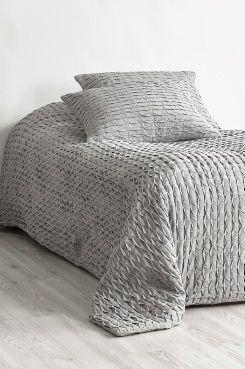 Nytt JOHANNA sengeteppe - enkeltseng 180x260 cm   Interiør Produkter UI-21