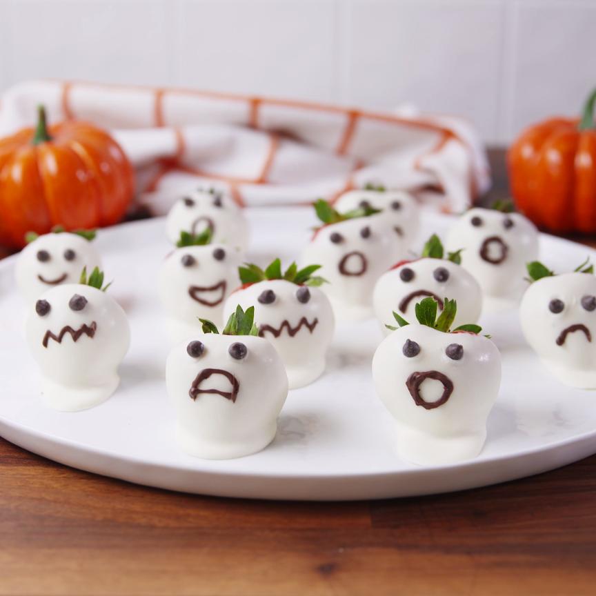 Strawberry Ghosts   Receta   fresas   Pinterest   Recetas halloween ...