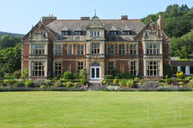 pin by the hen house on somerset hen party accommodation rh pinterest com