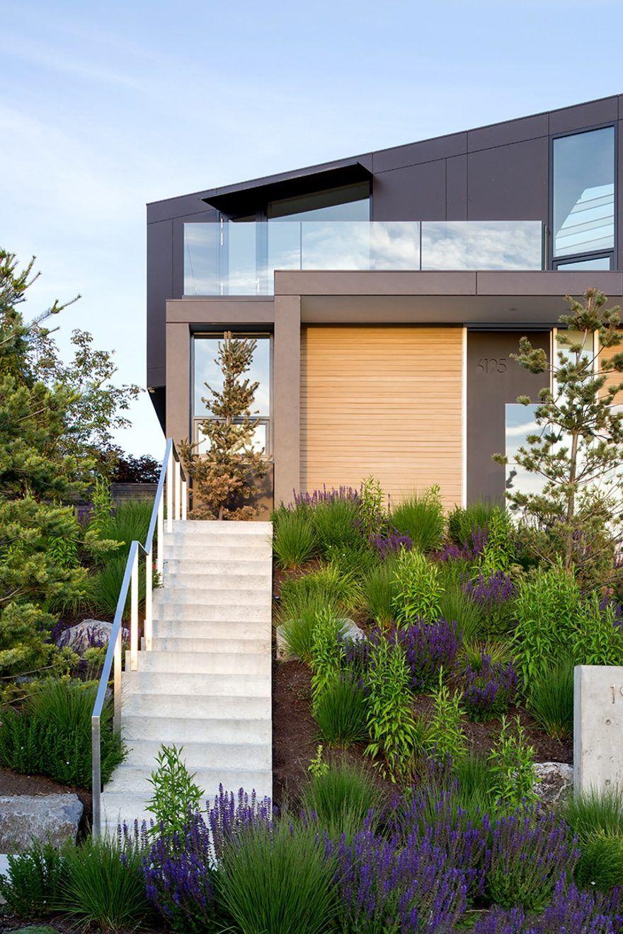 Pivot House, British Columbia / Splyce Design House