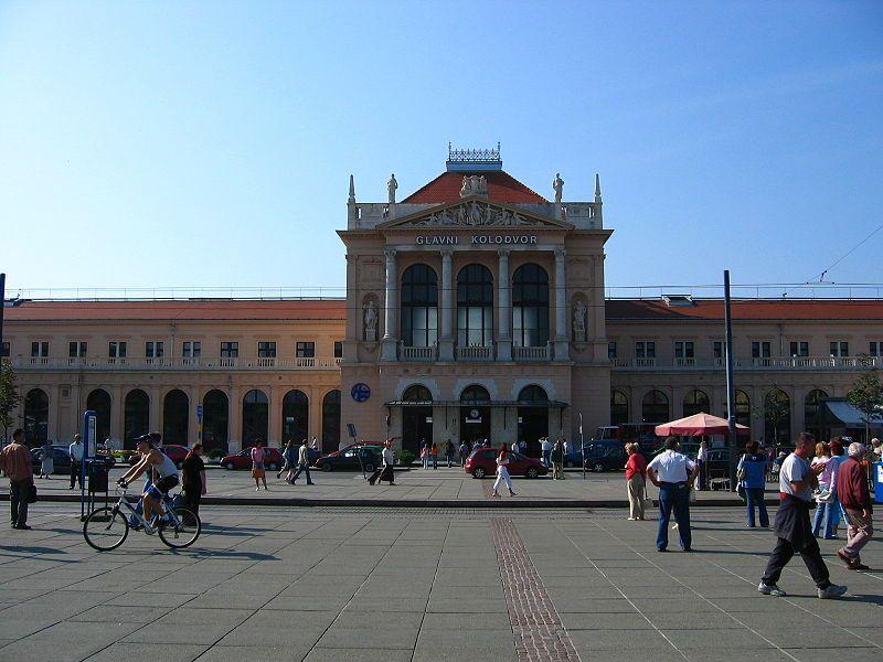 Zagreb Central Station Croatian Zagrebacki Glavni Kolodvor Is The Principal Railway Station In Zagreb And The Largest In Croa Zagreb Croatia Central Station