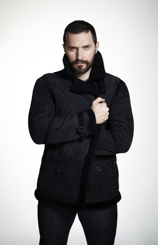 Richard Armitage... Another hot dwarf. Yet another reason you should ...