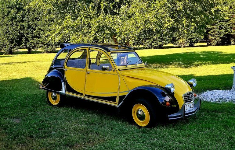 1988 Citroen 2cv Charleston Yellow And Black Citroen Citroen 2cv Citroen Ds
