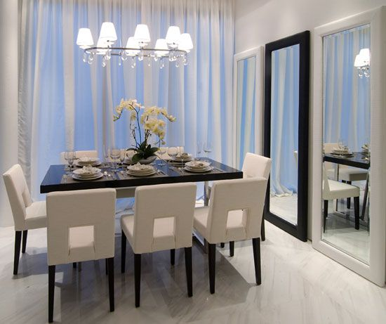 We love Mirrors #Dining #DiningRoom #Furniture #InteriorDesign #Home #InteriorDecorating #House #Table #Chairs #Decor #HomeDecor #Decorate #Trends #Fashion #Design #PrettyPerfectDiningRoom #PrettyPerfectGuaranteed #PrettyPerfect #PrettyPerfectLiving #AislePerfect #AP #PPL