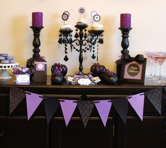 Halloween Decorating   Purple And Black