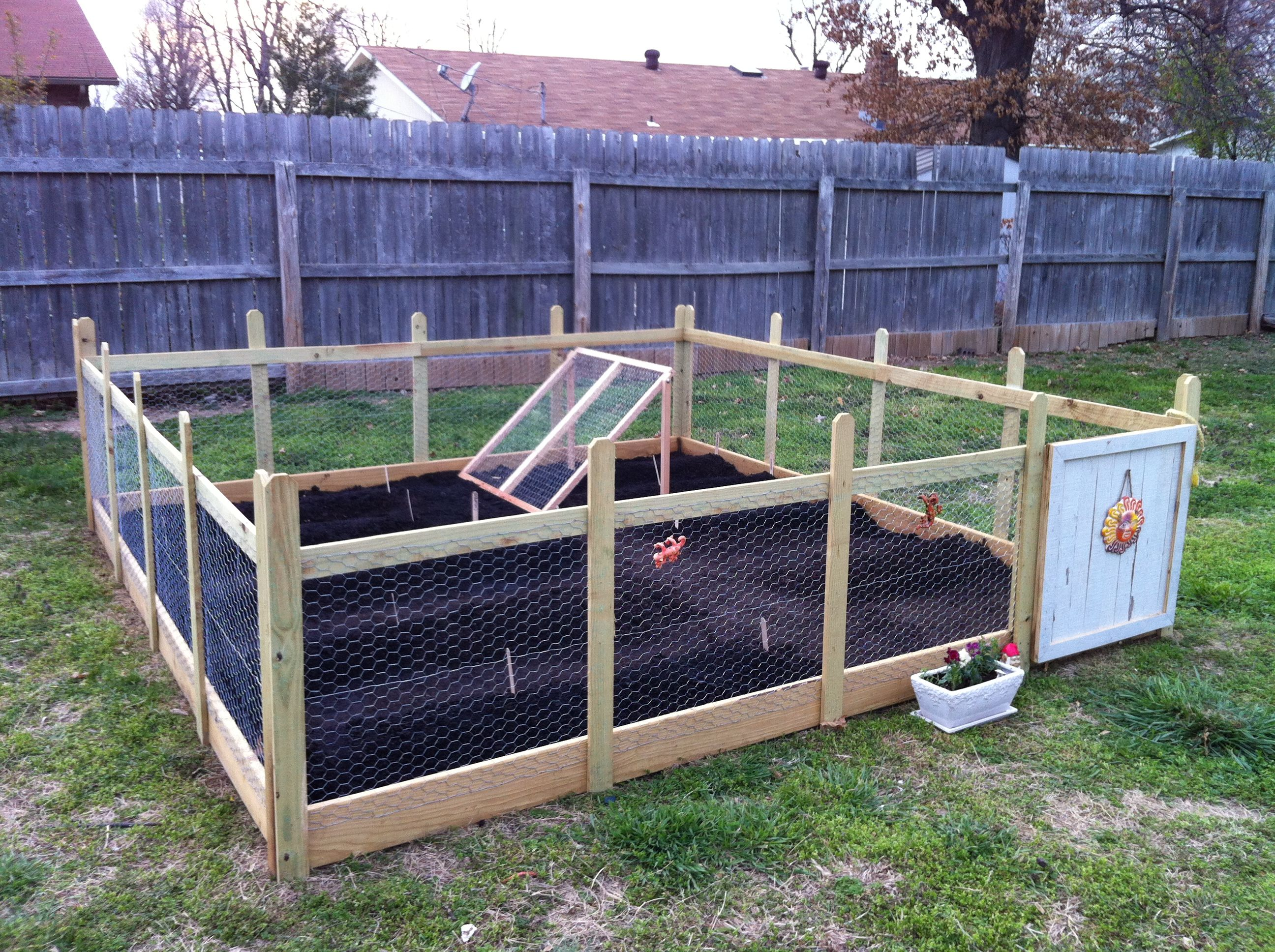 10x10 foot garden four 1x6x10 boards for the base ripped down fence pickets strung - Garden Ideas To Keep Animals Out