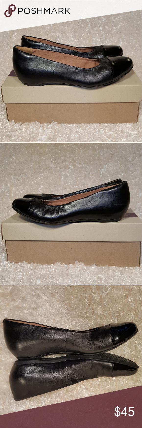 d6c84b31e3 Clarks Artisan Alitay Susan Black Leather Flats Clarks Artisan Collection Alitay  Susan Black Leather Flats Great pre-loved condition! With box.