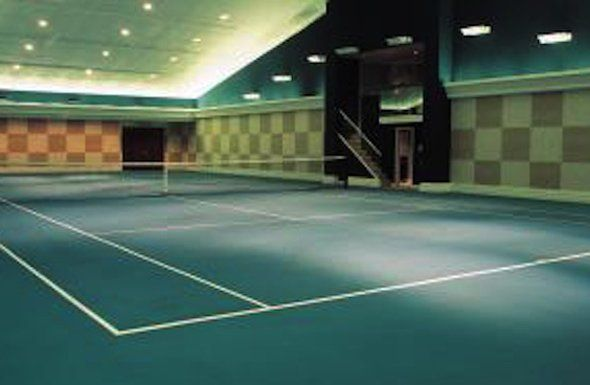 Seven Sports Fanatics Dream Homes That Are Currently For Sale Indoor Basketball Court Indoor Sports Court Tennis Court