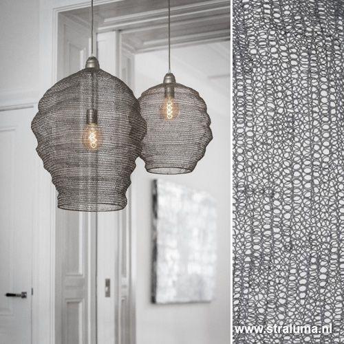 Grijze gaas hanglamp Nikki woonkamer - www.straluma.nl | Light My ...