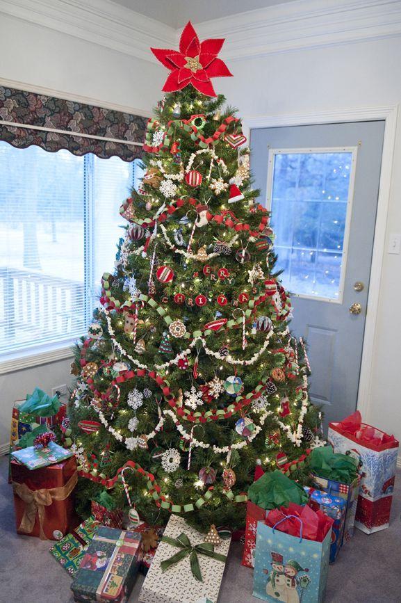Paper Chain Garland Homemade Christmas Tree Christmas Garland Christmas Tree