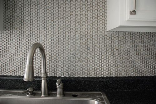 How to diy a penny tile backsplash in your kitchen - Penny tile backsplash kitchen ...