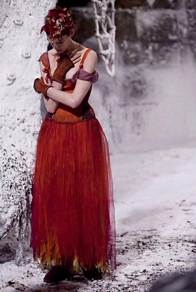 Les Misérables (2012 USA Great Britain) costume designer Paco Delgado; dir. Tom Hooper