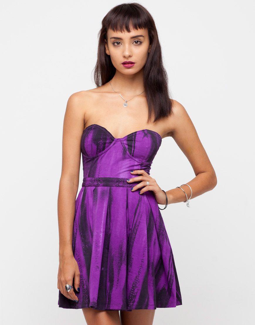 Motel Pearl Strapless Skater Dress In Melting Violet Print Violet Print Dresses Strapless Dress Formal [ 1110 x 870 Pixel ]