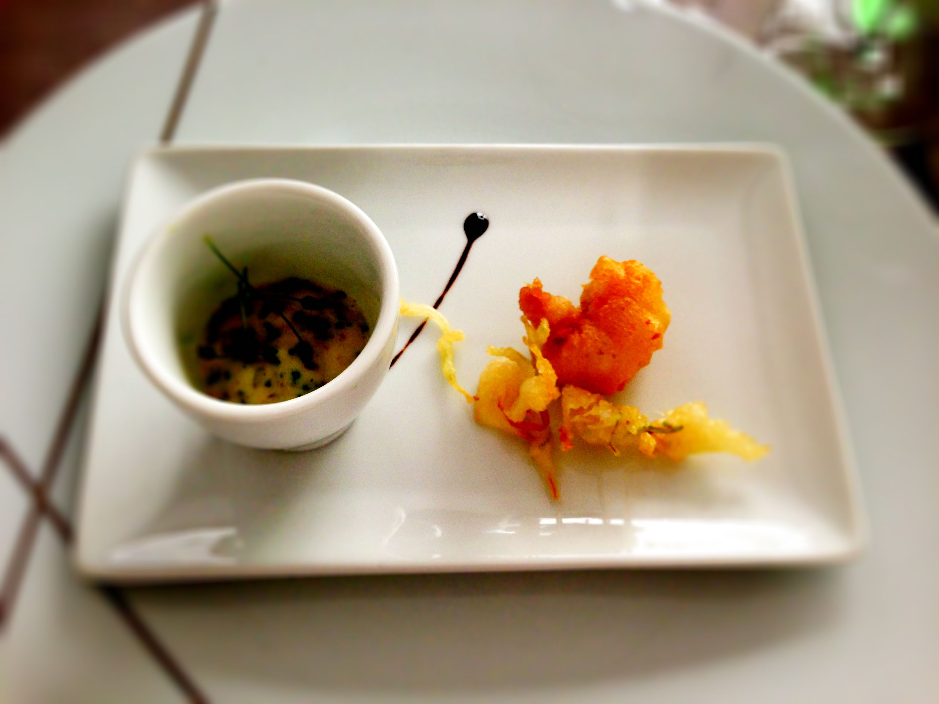 Tempura de crevette béarnaise #leCopenhague #Paris #food #beautifood #amuse-bouche