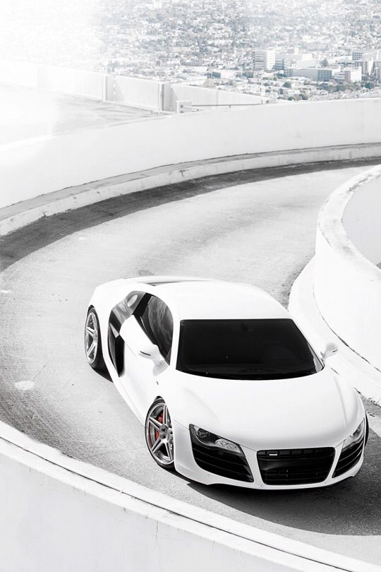 White Audi R8 | Cars