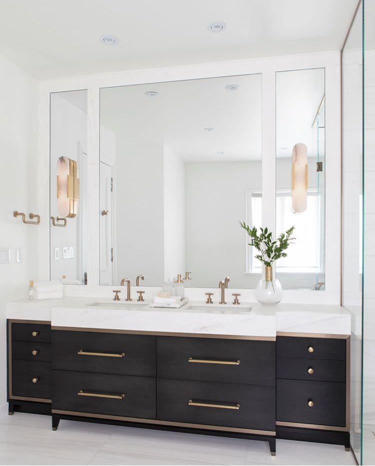 Photo of Minimalist Bathroom  Follow My Account ➡Nichole Doritis #minimalistbathroom#fo…
