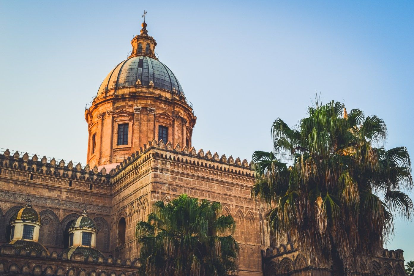 Travel guide to sicily palermo city historical district town medieval normanno norman arabic arabo history best of italy sicily sicilia what to do see italy best time of year-15