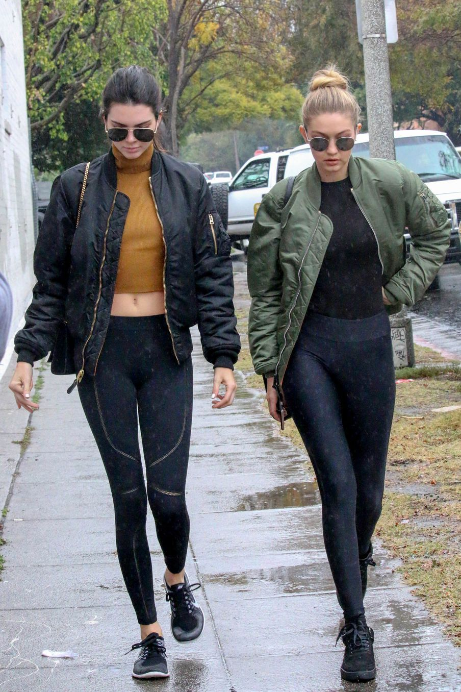 367ab67b3e2e5 15 Times Kendall Jenner and Gigi Hadid Looked Flawless in Gym ...