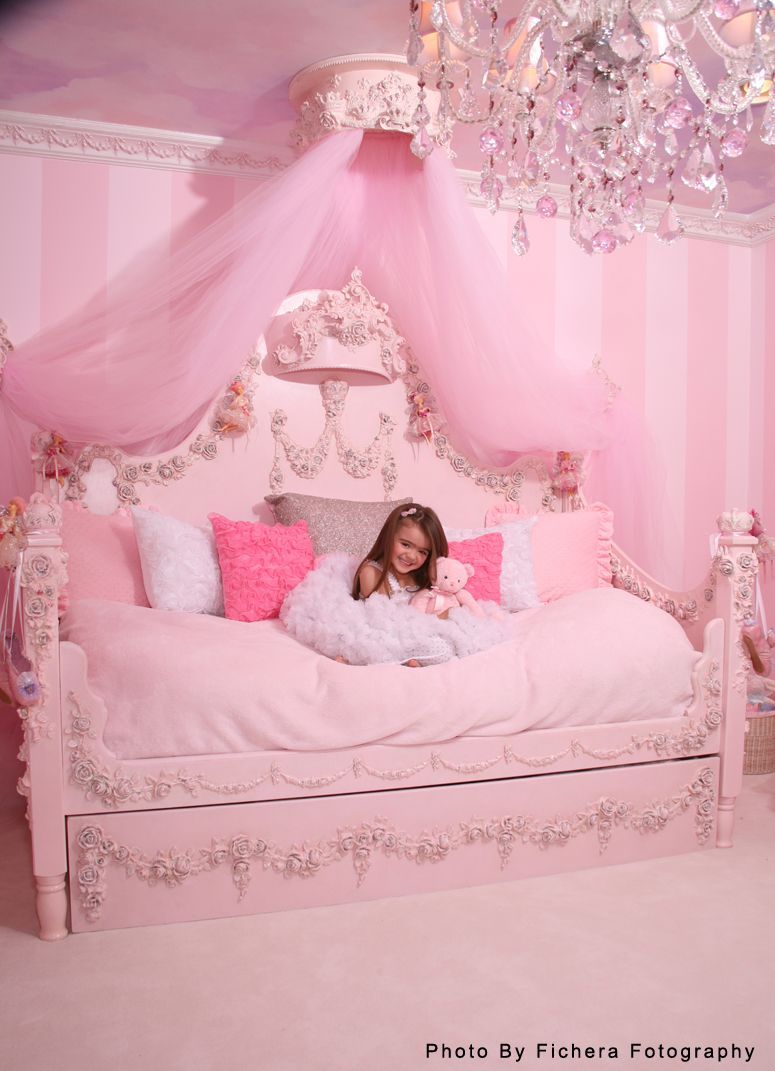 Princess Rose Day Bed By Villa Bella A Little Froofy But Day Bed Concept With Tulle Swag Pink Room Princess Room Girl Room