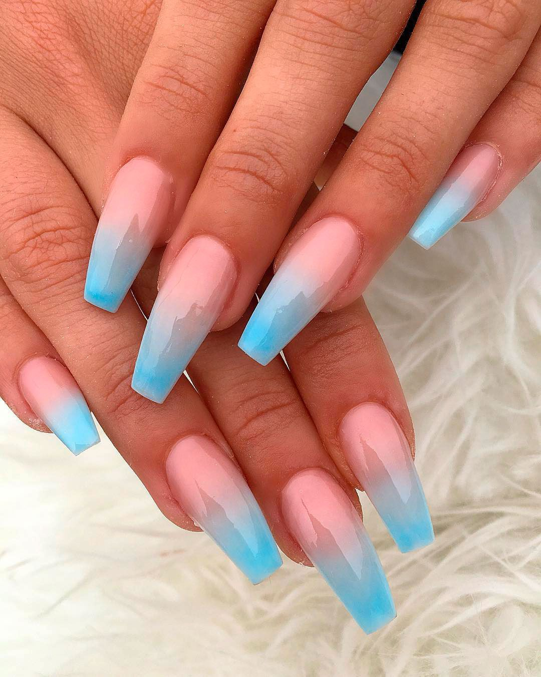 Best Summer Ombre Nails In 2019 In 2020 Faded Nails Blue Acrylic Nails Fake Nails