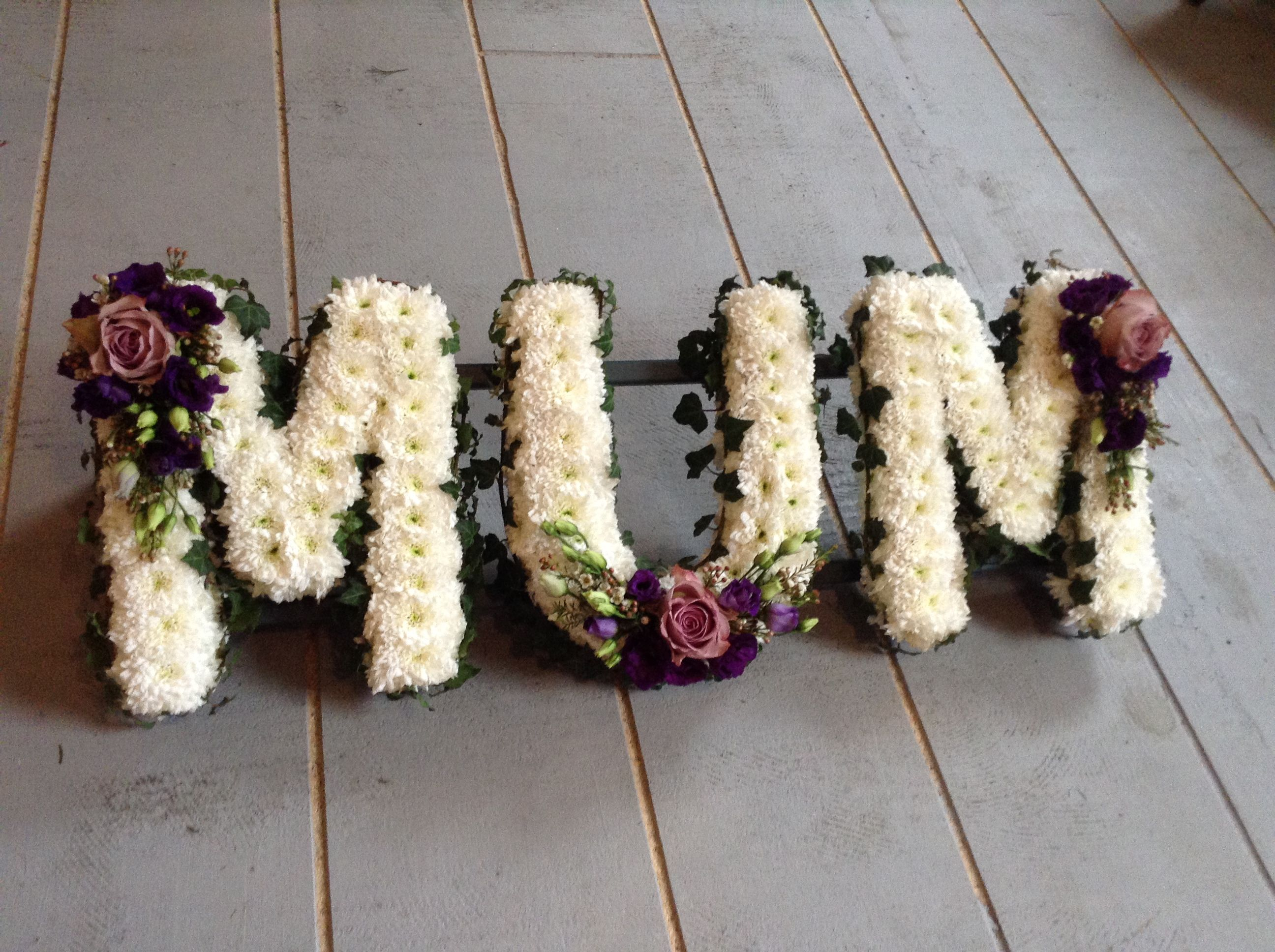 Funeral Flowers Vintage Style Mum Funeral Flower Letter Tribute