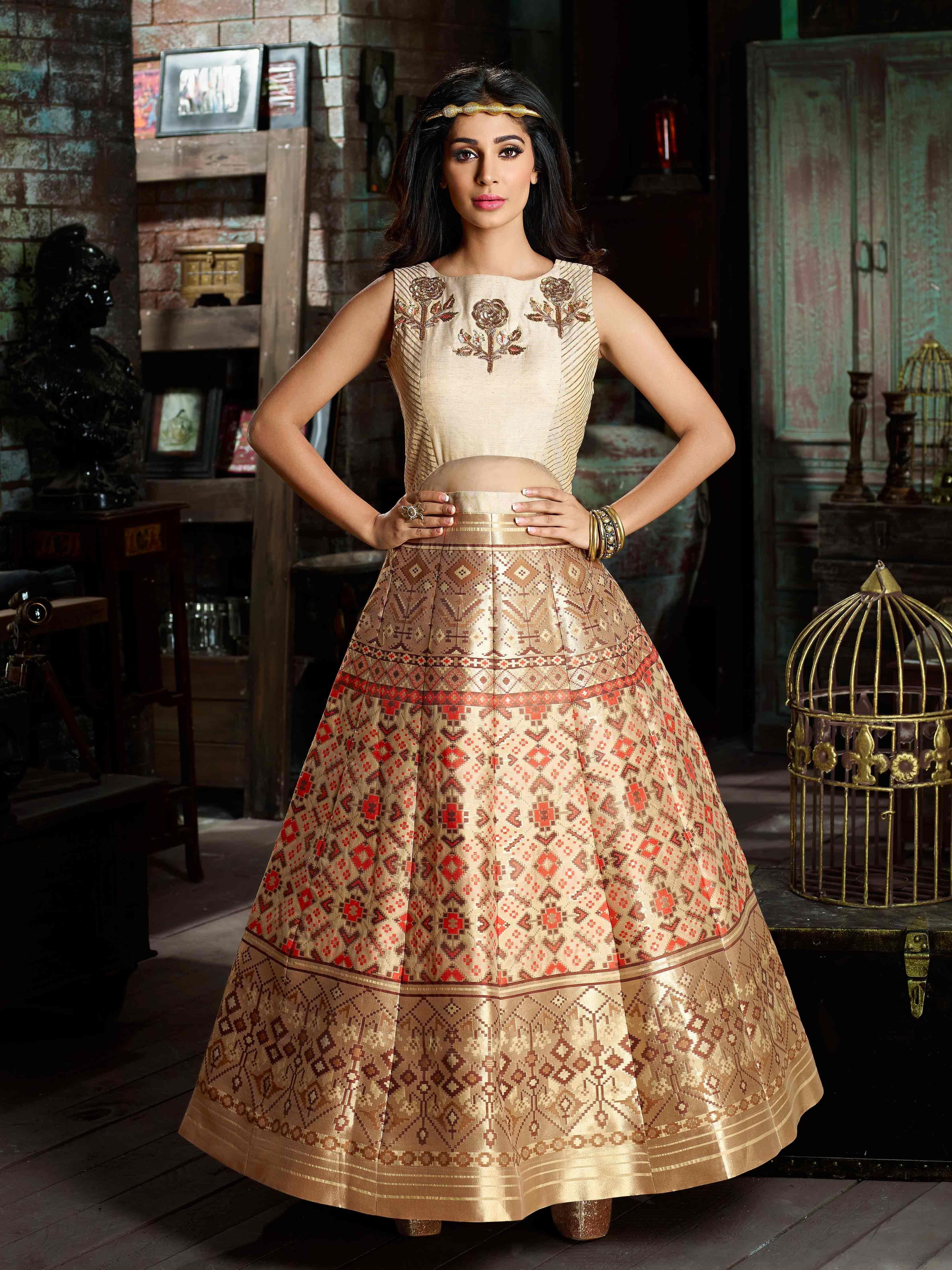 Pin by Khushbu Fashion on Wedding Wear Anarkali Type Gown ...