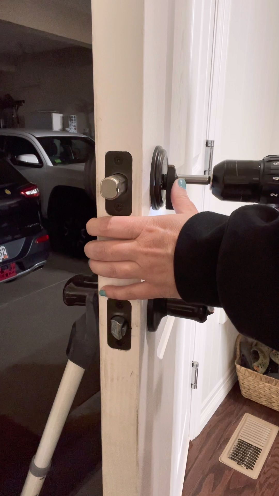 Adding a Keyless Lock to the Garage!